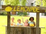 kids selling lemonade